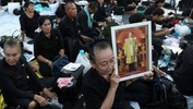 Thai community in Ipoh pays last respects to King Bhumibol