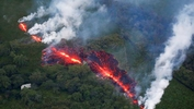 Warnings of more lava and possible explosion at Hawaiian volcano