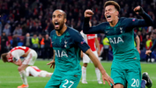Soccer Football - Champions League Semi Final Second Leg - Ajax Amsterdam v Tottenham Hotspur - Johan Cruijff Arena, Amsterdam, Netherlands - May 8, 2019 Tottenham's Lucas Moura celebrates scoring their third goal to complete his hat-trick with Dele Alli Action