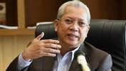 Annuar Musa warns of stern action against irresponsible contractors